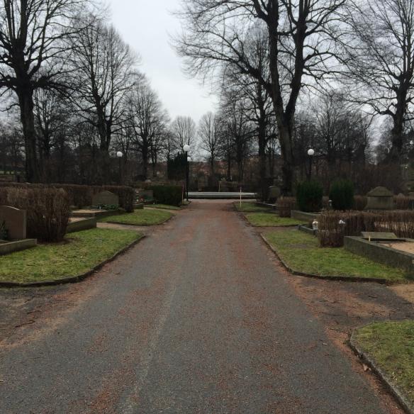 Var det genvägen genom kyrkogården som sög energin ur mig kanske?